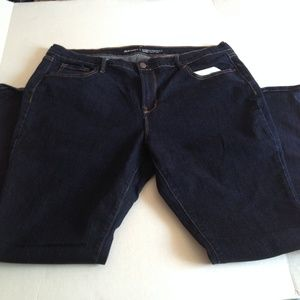 Old Navy Curvy Profile Mid Rise Dark Jeans Size 18